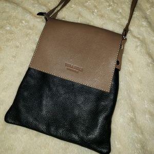 Vera Pelle Black/Tan Italian Leather Crossbody Bag